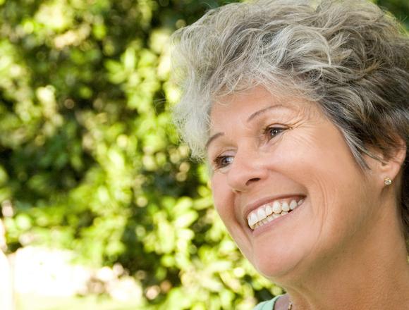 Dentist in Hawarden | Optimal Gum Health for Seniors